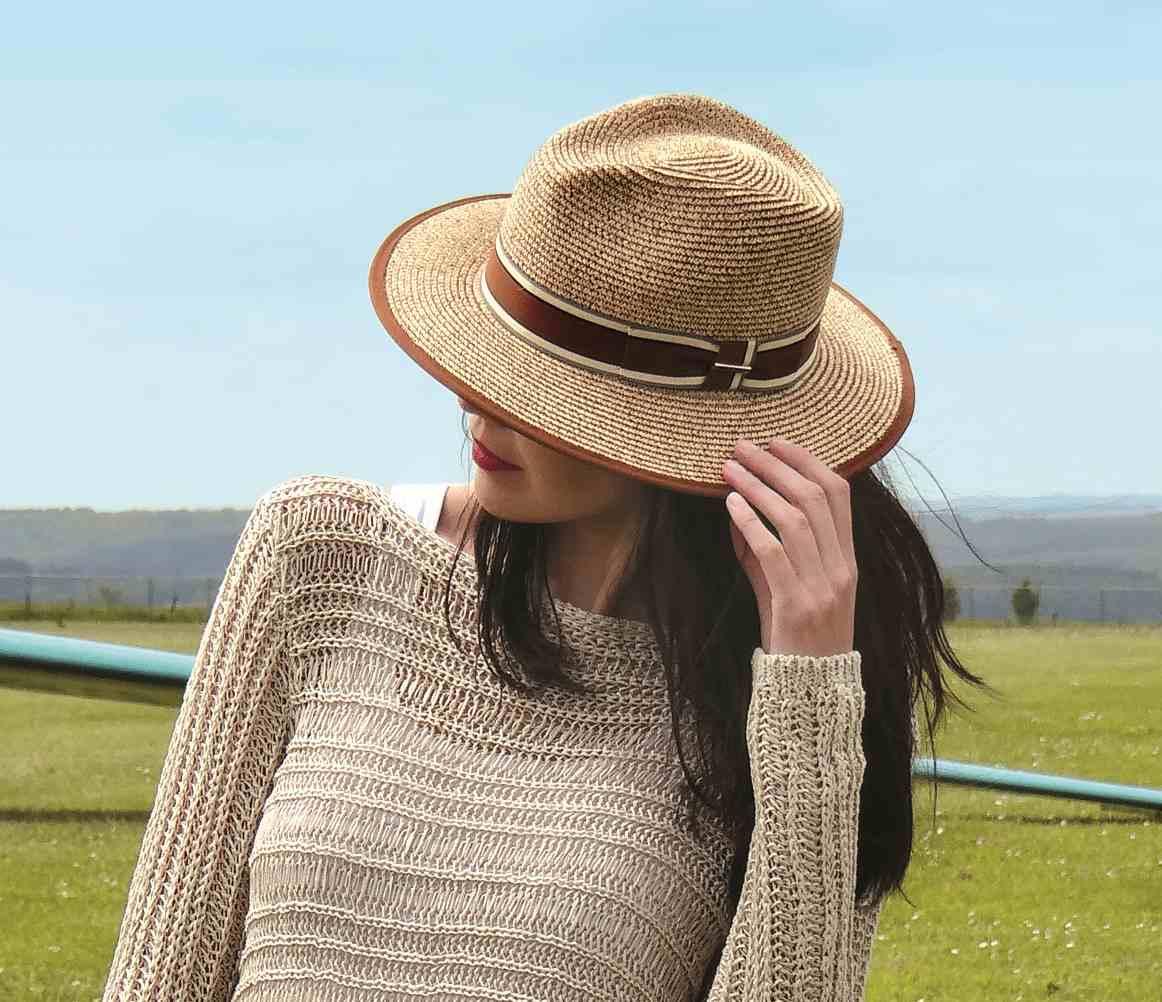 chapeau 2